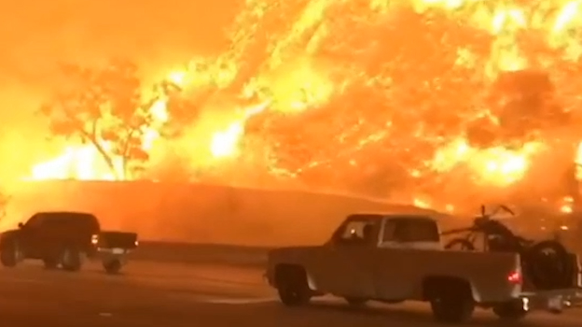 http://cdn.video.nationalgeographic.com/ae/61/a9f24c494c85810b6a2d82d21141/nw-dly-ds1702001-411-drivers-flee-fire-engulfing-california-freeway-vin-spd.jpg