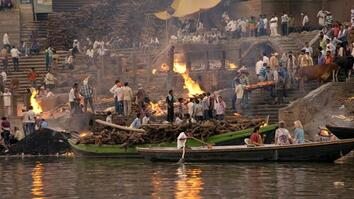 Story of God: Death along the Ganges River
