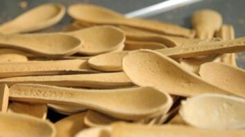 A Spoon You Can Eat Is a Tasty Alternative to Plastic Waste