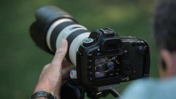 DSLR HD Video Tips: Stabilizing the Camera