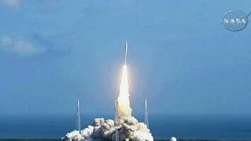 NASA's Ares I-X Rocket Launches