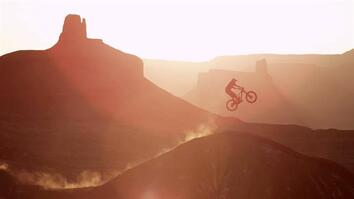 Mountain Bikers Catch Huge Air in Utah Desert
