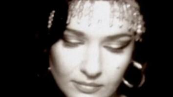 Natacha Atlas—'Yalla Chant'