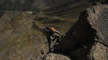 Watch These Cave Divers' Epic Climb to Dark Star