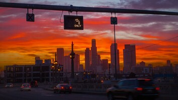 Watch L.A. Shift From Day to Night in Stunning Time-Lapse