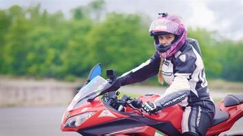 Iranian Motorcyclist Continues to Race Despite Her Country's Ban