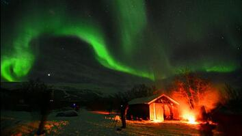 Intense Auroras Fueled by Sun Storm (Silent)