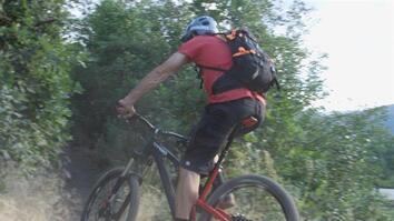 How to Mountain Bike Like a Pro