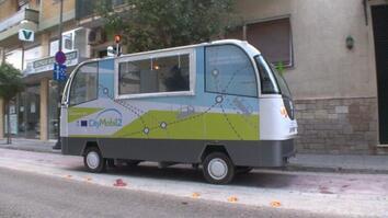 Hop Aboard a Driverless Bus