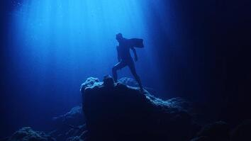 Unbounded by Gravity, This Free Diver Can Follow His Dream to Fly