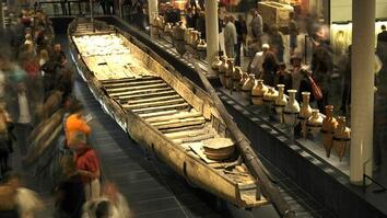 Roman Shipwreck Raised After 2,000 Years