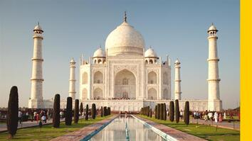 India's Taj Mahal Is an Enduring Monument to Love