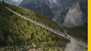 Walking Across the World's Longest Pedestrian Suspension Bridge