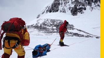 An Unexpected Rescue on Mount Everest Saves a Pair of Struggling Climbers