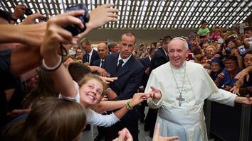Why #PopeFrancis Loves Social Media