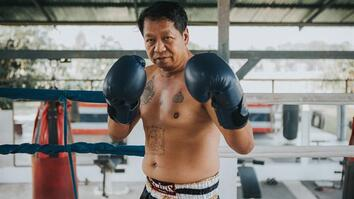 One man's fight to save traditional Muay Thai boxing