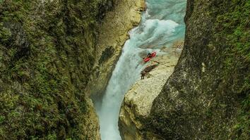 "Kayakers Are the First to Conquer Harrowing Gorges of the ""Grand Canyon Pacific"""