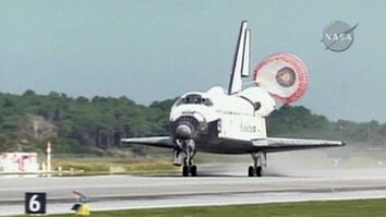 Shuttle Lands in Florida