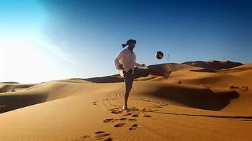 This Guy Shows Off His Soccer Moves in 5 Countries
