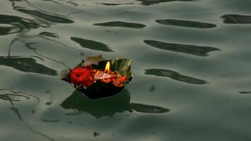 The Ganges: Offering Light to the Gods