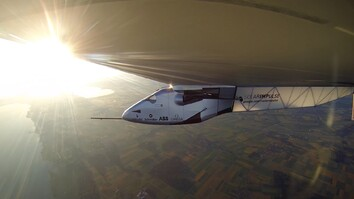 Mesmerizing Ride in a Solar-Powered Plane