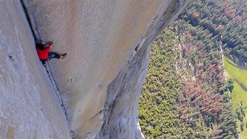 See First Video of Most Dangerous Rope-Free Climb Ever (Alex Honnold)